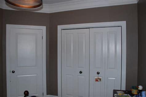 closet height  foot  closet door  foot
