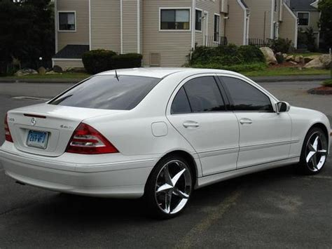 Special thanks to policaro acura for allowing me to come out to review this beautiful mercedes. oudirtyrato 2007 Mercedes-Benz C-Class Specs, Photos, Modification Info at CarDomain