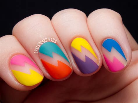 Nail Art : Deborah Lippmann 80s Rewind Nail Art