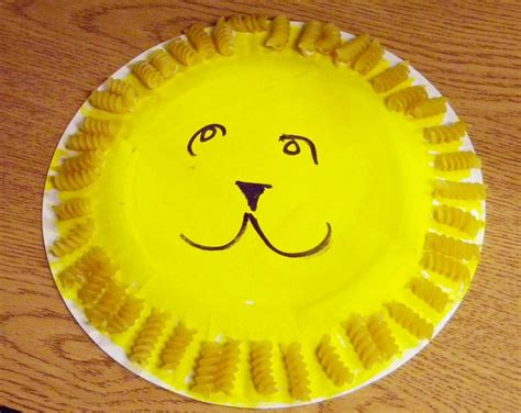 easy preschool art projects paint the paper plate yellow daniel o connell the 428