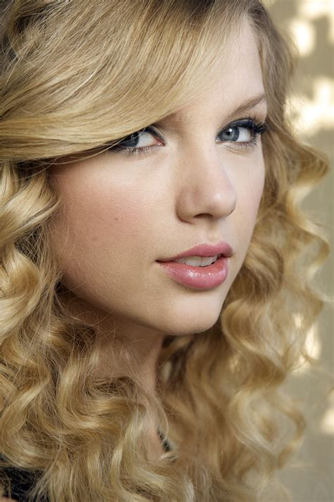 women, Singer, Blonde, Long Hair, Taylor Swift, Looking At ...