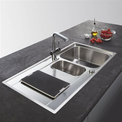 evier cuisine schmidt éviers et mitigeurs dans votre cuisine sur mesure schmidt