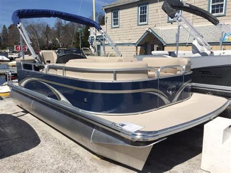 Used Pontoon Boats Albany Ny by Tahoe New And Used Boats For Sale In Ny