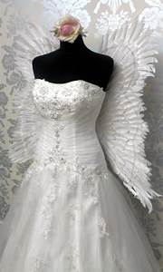 Angel wings wedding dressbeautiful wedding dress for Wedding dress with angel wings