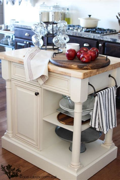 Best 25+ Round Kitchen Island Ideas On Pinterest  Large