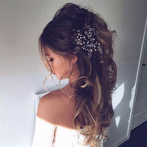 Wedding Hairstyles For Hair by 23 Glamorous Bridal Hairstyles With Flowers Pretty Designs