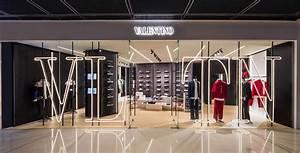 Pop Up Store : valentino vltn men s pop up store opening cocktail in hong ~ A.2002-acura-tl-radio.info Haus und Dekorationen