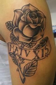 Rose En Tatouage : tatouage rose noir et blanc ~ Farleysfitness.com Idées de Décoration