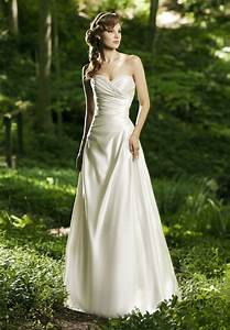 simple strapless wedding dress for the simple but elegant With simple dresses for wedding