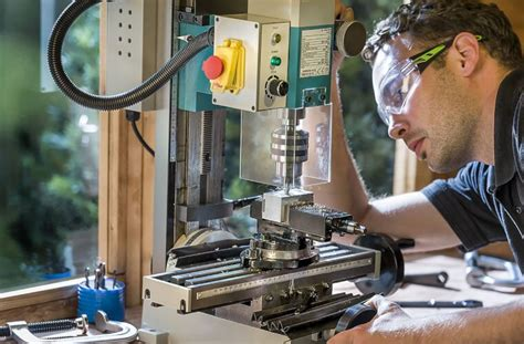 benchtop milling machines  tools