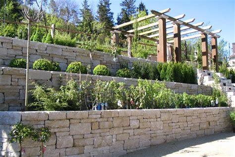 Mauer Im Garten Mauer Garten Sichtschutz Im Garten Modern Garten