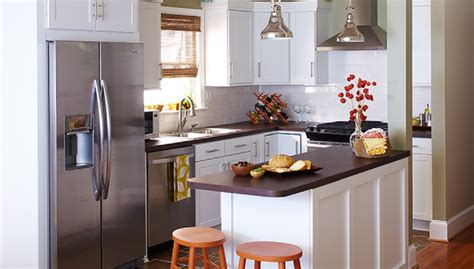 practical small kitchen layout ideas