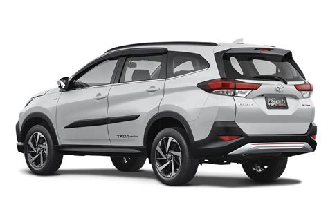 toyota sa poised  launch baby fortuner carscoza
