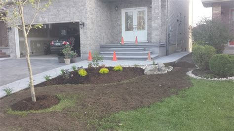 Front Walkway Steps with Lights   Solid Concrete Solutions