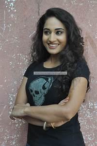 Hot Indian Actress Rare Hq Photos  Vijay Tv Serial Actress