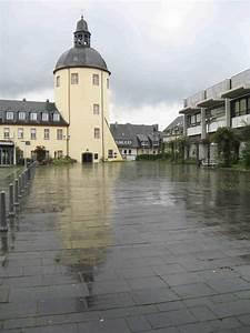 Goldener Drache Siegen : siegen schlo platz nach dem regen foto bild architektur stadtlandschaft historisches ~ Orissabook.com Haus und Dekorationen