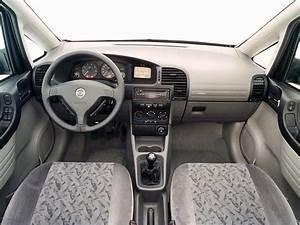 Interior Chevrolet Zafira  A   U0026 39 03 2001 U201302