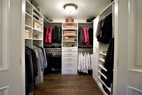 Design Ideas For Your Walk-in Closet