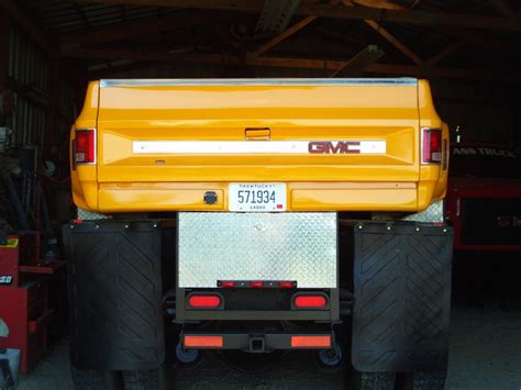 big ass trucks sold - 1986 GMC TopKick 4X4 ex-SoCal Edison