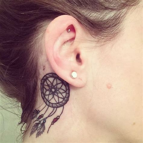 Le Tatouage à L'oreille Tattoosfr
