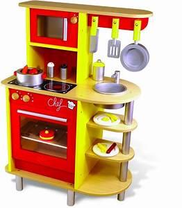 Cuisine Bebe Bois : une cuisine enfant en bois pour imiter les grands jouet en bois cuisine ~ Teatrodelosmanantiales.com Idées de Décoration