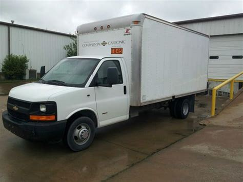 automobile air conditioning service 2008 chevrolet express 3500 electronic throttle control purchase used 2008 chevrolet express 3500 base cutaway van 2 door 6 0l in tulsa oklahoma