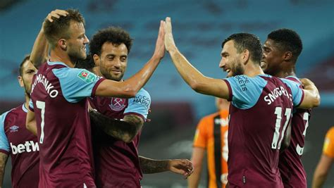 West Ham score five against Hull to reach Carabao Cup ...