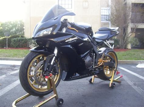 06 1000rr Black And Gold