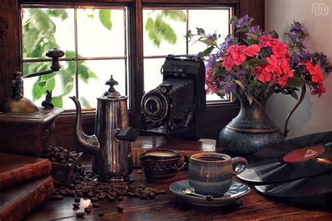 retro  camera coffee vinyl   plate bouquet flower