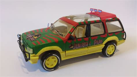 jurassic park car toy photo review jurassic park ford explorer xlt 1 43