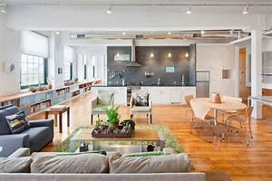 Bright and spacious loft in rhode island usa for Interior decorator rhode island