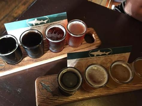 dogfish head beer flights  jtwoodworks  jtwoodworksme