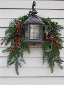 Swag and lantern shady lane greenhouses for Decorating outdoor garage lights for christmas