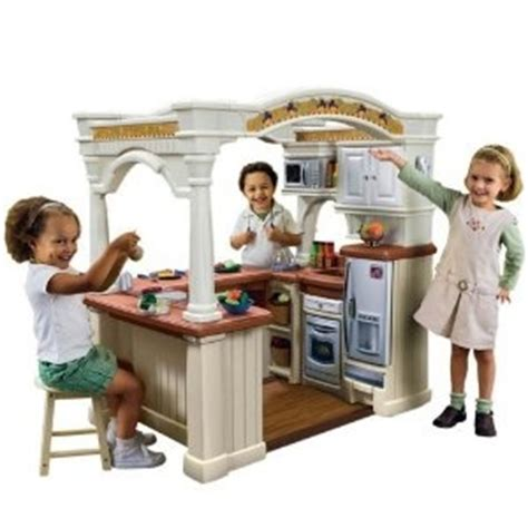 kitchen set for toddlers step2 lifestyle grand walk in kitchen i wish we had room