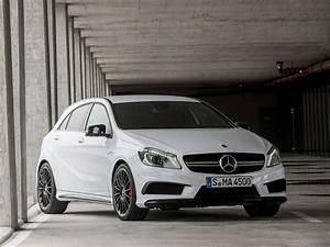 Mercedes Classe R Amg : mercedes benz a45 amg unveiled ahead of geneva motor show ~ Maxctalentgroup.com Avis de Voitures