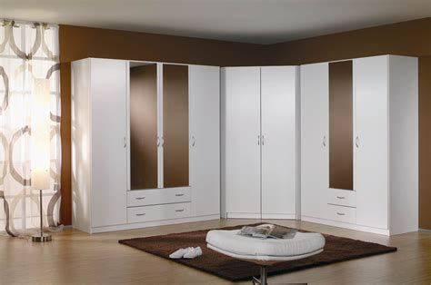 meuble d angle chambre armoire d 39 angle contemporaine coloris blanc noa armoire