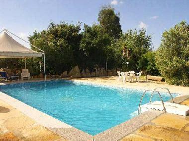 Garten Mieten Für Ein Tag by Villa Is Molas Villa Sofia In Pula Mit Pool Und Wifi Villa