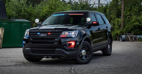 ford unveils  profile light bar  police interceptor