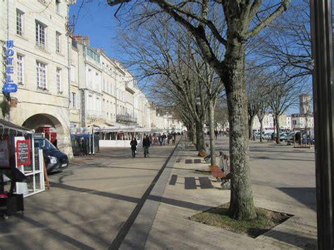 cours de cuisine charente maritime l immobilier à la rochelle centre ville vieux port marché 17000 annonces immobilières