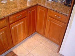 how to remove kitchen cabinets and countertops removing kitchen countertops cabinets 9556