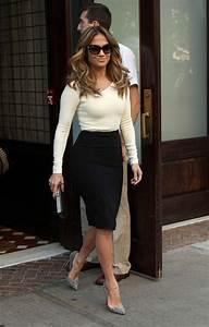 Top 20 Pencil Skirts Street Style Looks 2018 | FashionGum.com