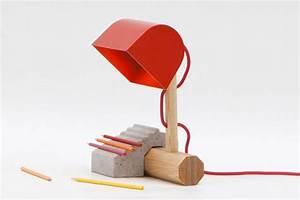 Lampe Bureau Bois : lampe de bureau socle beton marbre pied bois konstfack ~ Teatrodelosmanantiales.com Idées de Décoration
