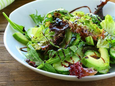 cuisiner la salade verte salade d 39 avocat au citron vert recette de salade d