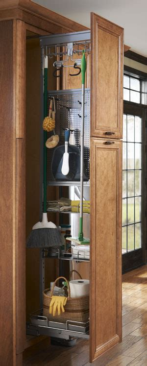 storage  small kitchens