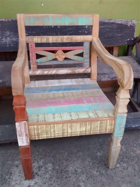sofa sob medida limeira m 243 veis em madeira de demoli 231 227 o sob medida em piracicaba
