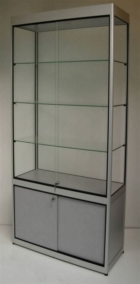 vitrine d exposition en verre vitrine center vitrines et comptoirs en verre et aluminium