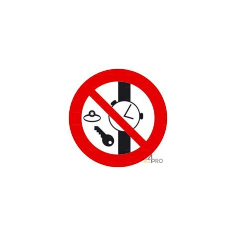nettoyage de bureau panneau interdiction de porter des objets métalliques