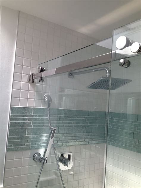 bathroom remodel tile ideas accent band just above center and is that a shower