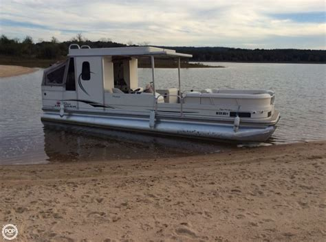 Used Tracker Pontoon Boats by 2006 Used Sun Tracker Hut 30 Pontoon Boat For Sale