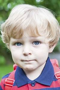 Coupe Enfant Garçon : en images 20 id es de coiffures de rentr e pour enfant ~ Melissatoandfro.com Idées de Décoration